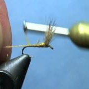 Fly-Tying-with-Hans-Sparkle-Dun