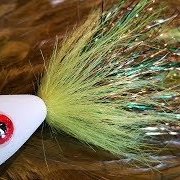 Tying-a-Green-and-Gold-Pike-Popper