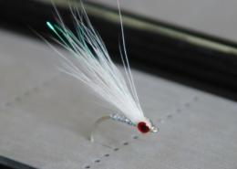 Bucktail-Glass-Minnow-UNDERWATER-Footage-Saltwater-and-Freshwater-Streamer-Fly