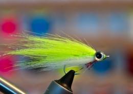 Craft-Fur-Reverse-Tied-Minnow-Underwater-Footage-Streamer-Fly-Tying-Tutorial