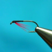 Fly-Tying-an-Easy-Way-to-put-Beards-on-Diawl-Bachs-by-Mak