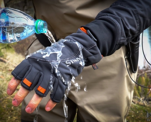 Simms-Guide-Windbloc-Glove-Review-Ashland-Fly-Shop