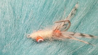Tying-an-Absolute-Flea-with-Martyn-White-bonefish-fly