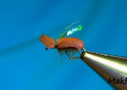 Fly-Tying-a-Brown-Beetle-by-Mak