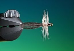Tying-the-Slim-Jim-stone-with-Barry-Ord-Clarke
