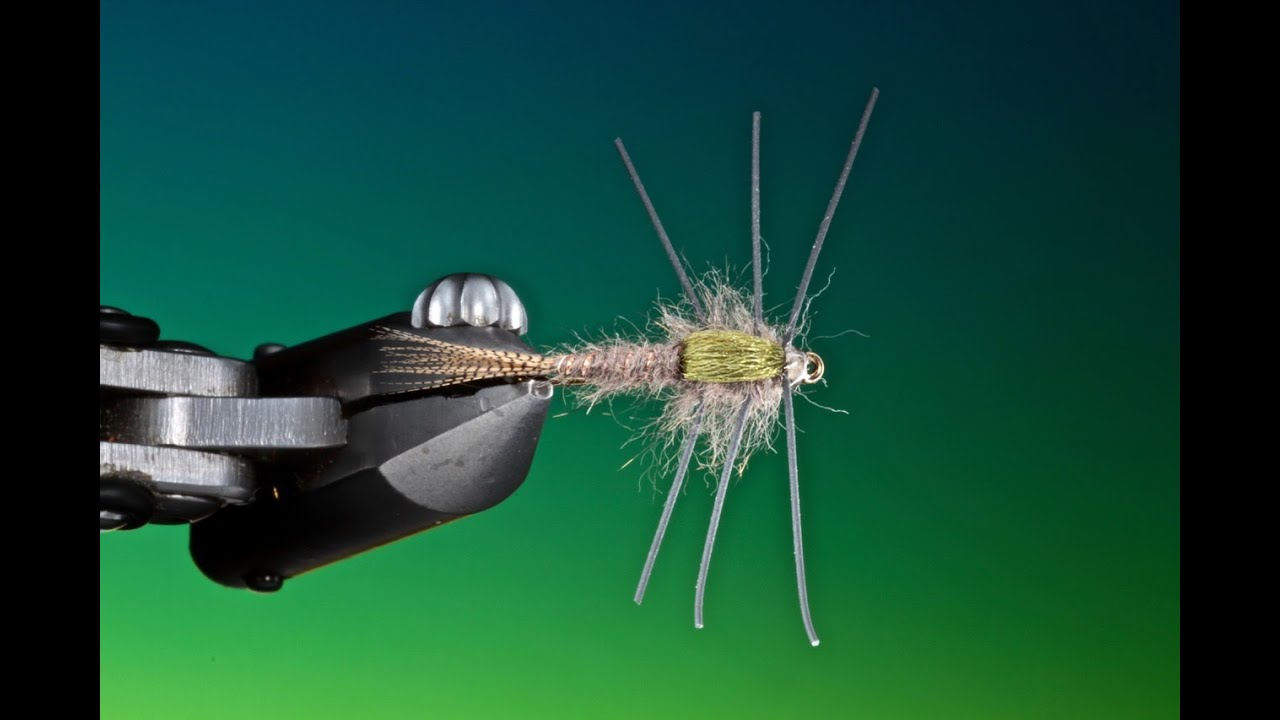 Tying-a-Rubber-leg-hares-ear-with-Barry-Ord-Clarke