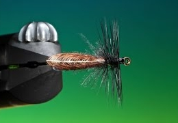 Fly-Tying-the-wonder-wing-stonefly-with-Barry-Ord-Clarke
