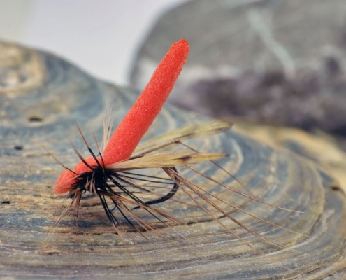 How-to-tie-the-Fulling-Mill-Orange-Daddy