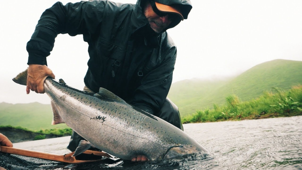 Kodiak-Island-Alaska-Bears-Fly-Fishing-Beauty-Recharge-Chinook-Sockeye