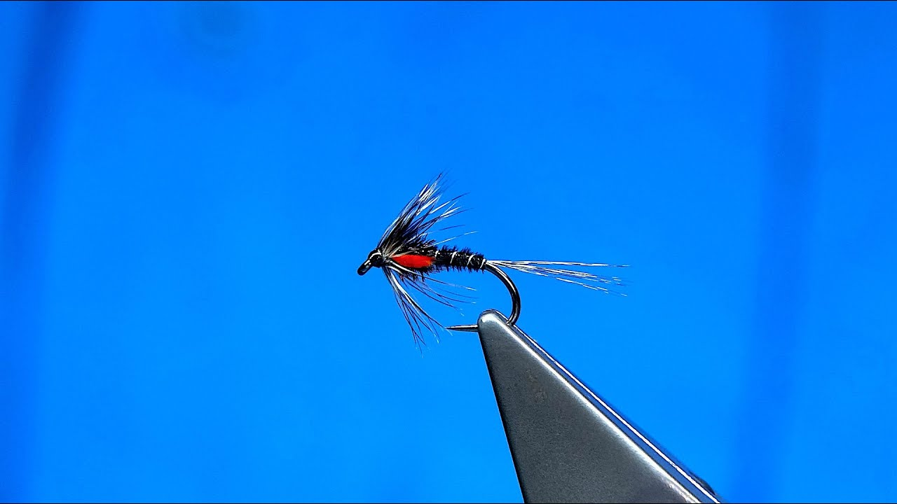 Tying-a-Duck-Fly-Cruncher-by-Davie-McPhail