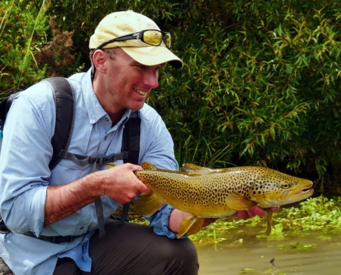 Fly-Fishing-BIG-BROWN-TROUT-RAINBOW-TROUT-in-back-channels-and-back-waters.-Part-1