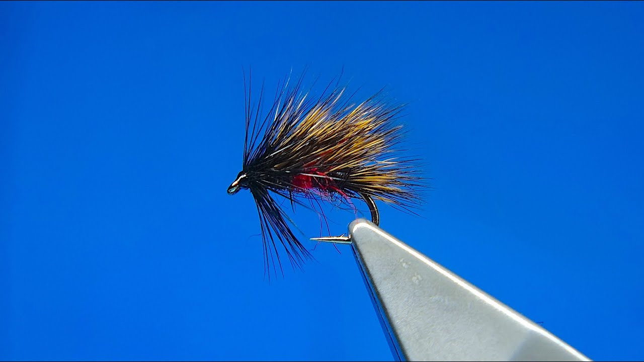 Tying-a-Sedgehog-Bibio-with-Davie-McPhail