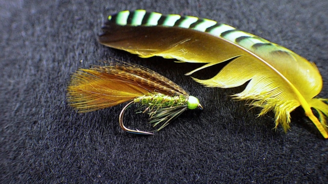 Tying-an-Olive-Irish-Ace-of-Spades-by-Davie-McPhail
